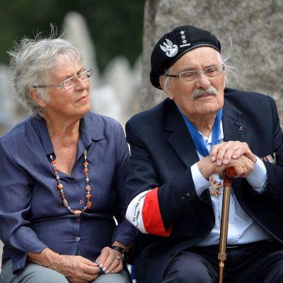 https://kinozdusza.pl/wp-content/uploads/2018/11/1600px-Ada_Willenberg_Samuel_Willenberg_70th_anniversary_of_Treblinka_revolt-1-e1542018592560.jpg